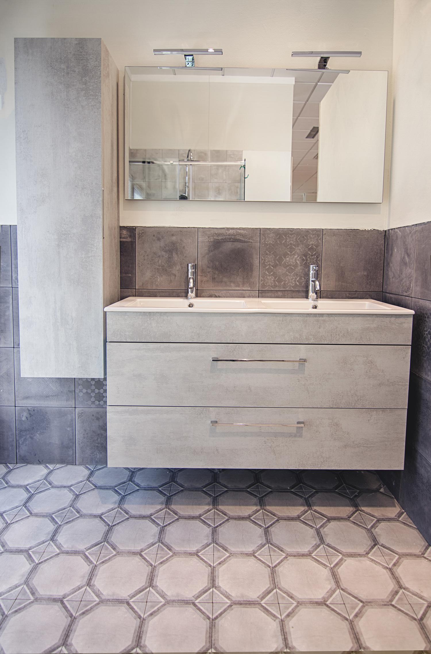 Bagno Mobili E Accessori.Mobile Due Lavabi Specchio E Colonna Reversibile