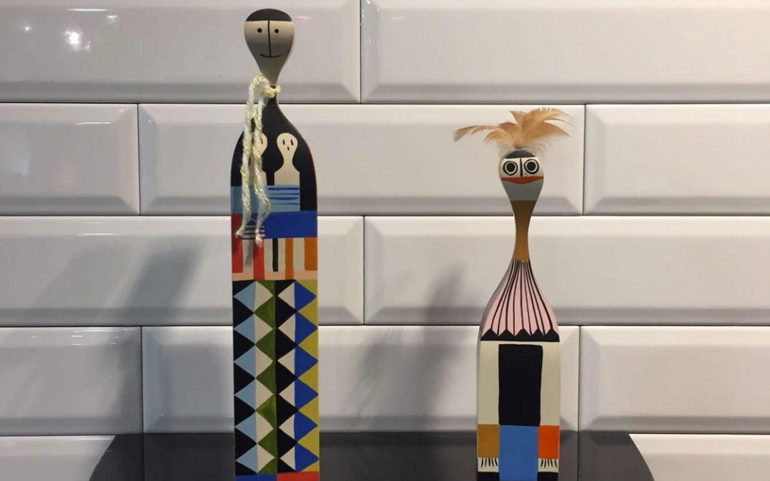 """Bambole in legno """"Vitra wooden dolls"""""""