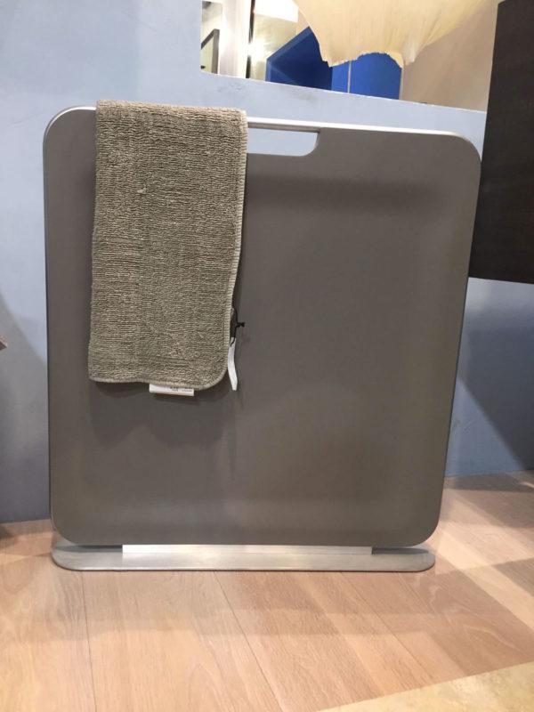 Iradium radiatore elettrico portatile